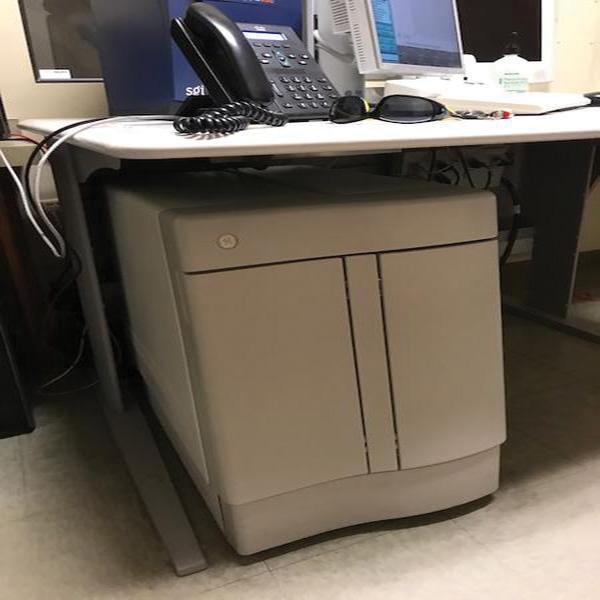 MRI Scanner – Signa 1.5T 9x 1